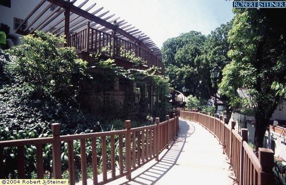Ann Siang Hill Park, Like a Bridge