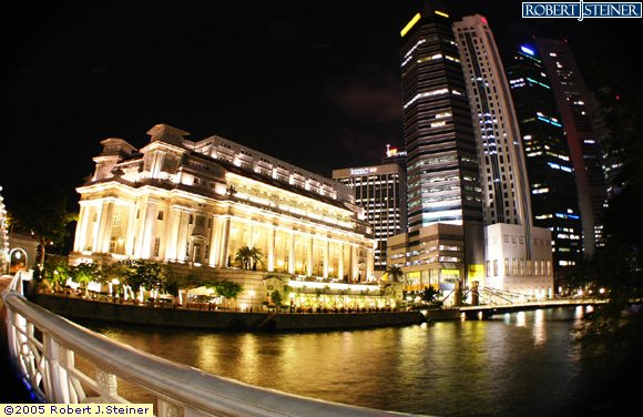 Night View of The Fullerton Hotel from Anderson Bridge