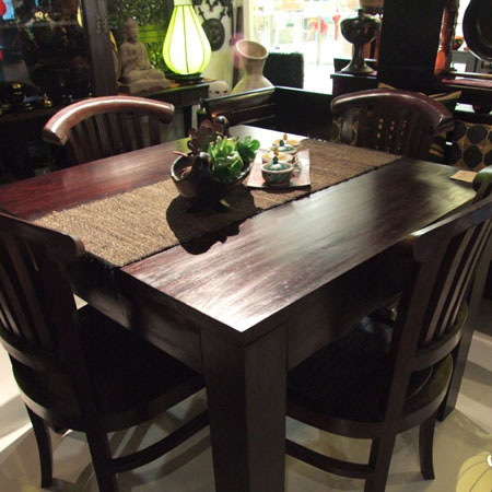 https://x3.sdimgs.com/sd_static/a/197434/square%20dining%20table.JPG
