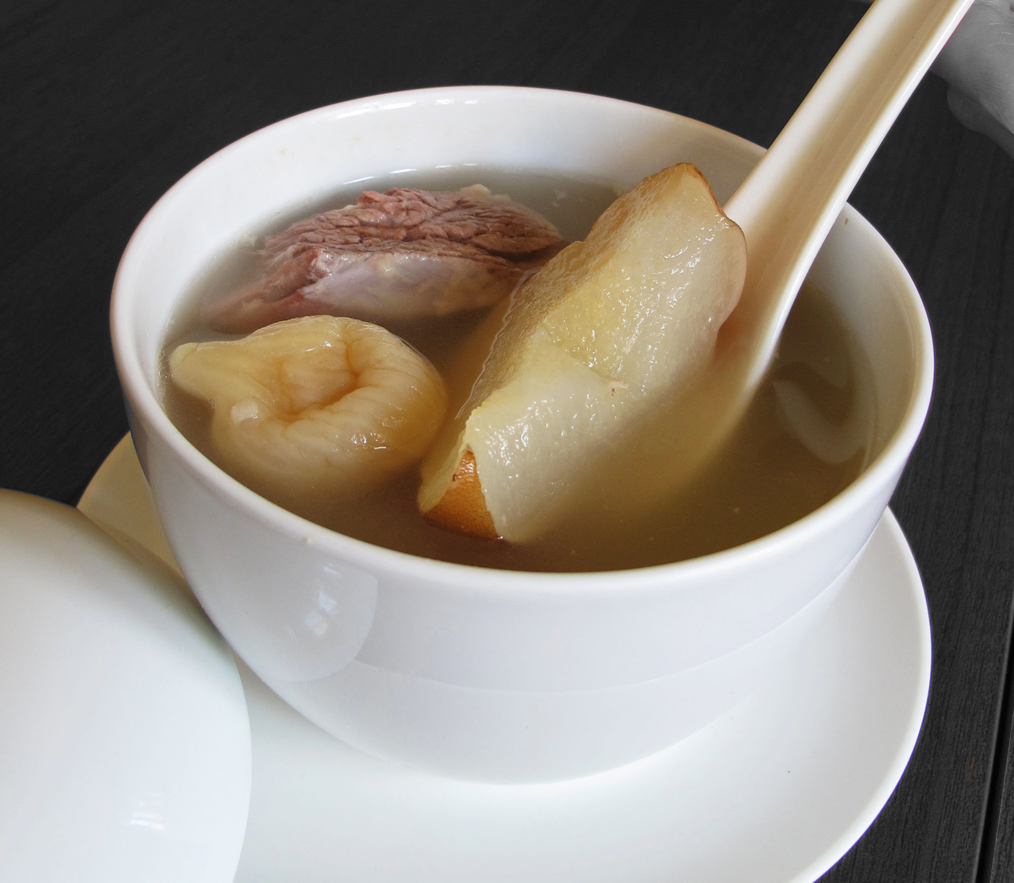 Snow Pear with Fig Soup