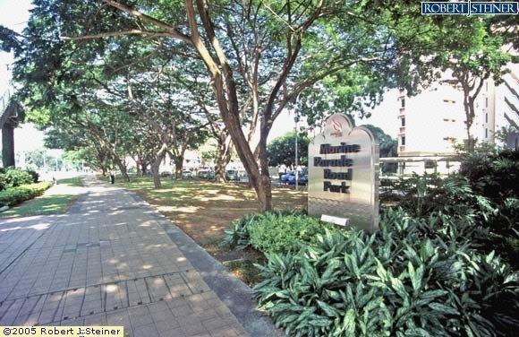 Marina Parade Road Park, Signage
