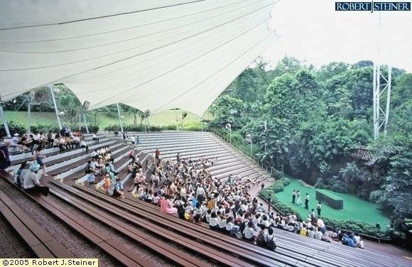 Jurong Bird Park, Open Theater 2
