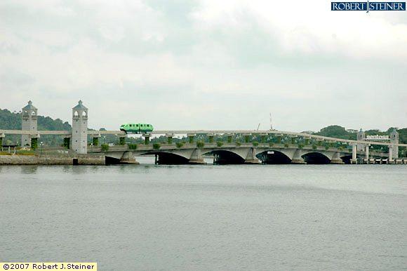 Sentosa Bridge